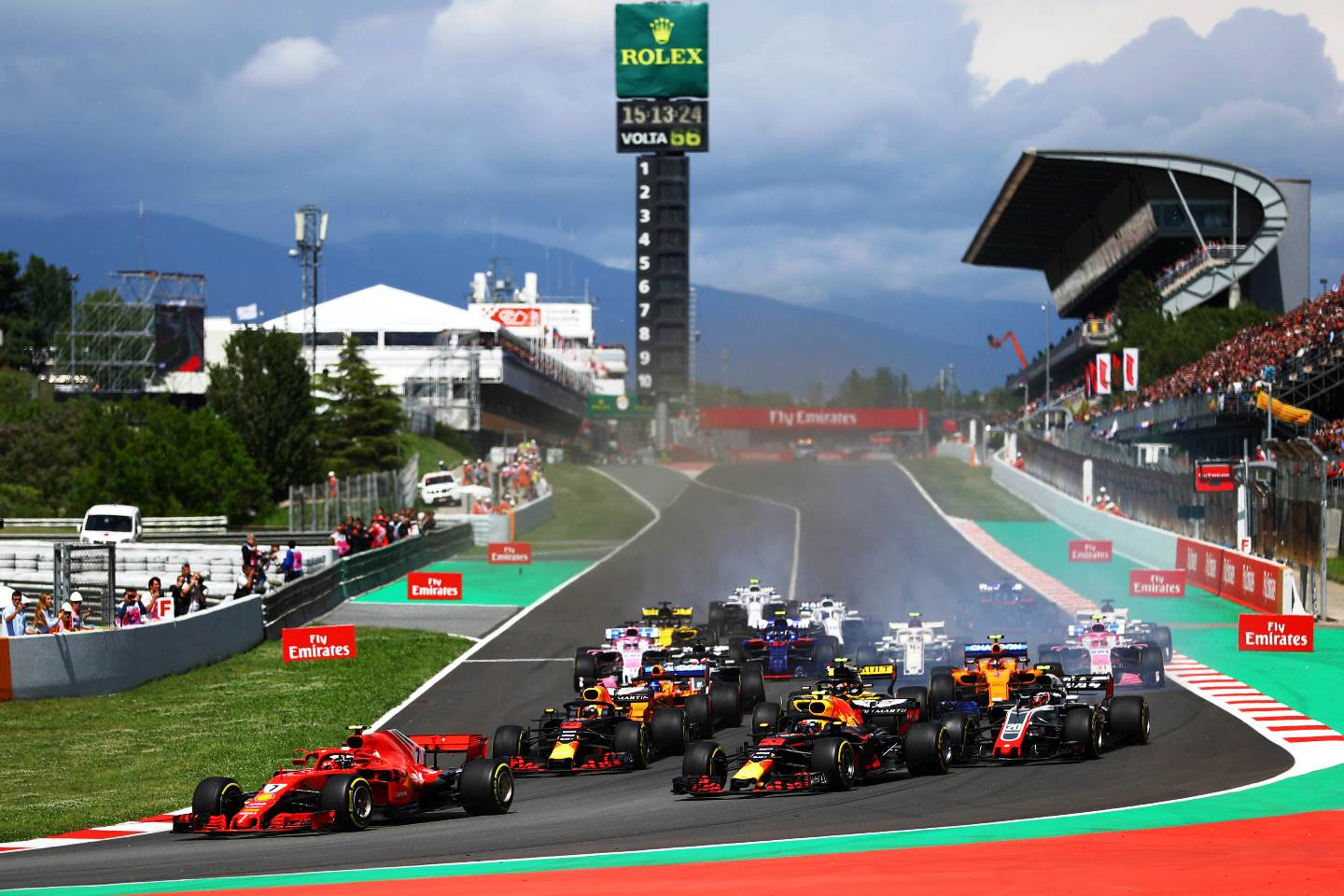 Largada do GP da Espanha de F-1. Photo by Dan Istitene/Getty Images) // Getty Images / Red Bull Content Pool // AP-1VNCJ1SVW1W11 // Usage for editorial use only // Please go to www.redbullcontentpool.com for further information. //