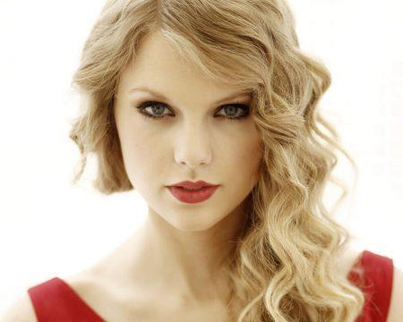Taylor Swift tem apenas 28 anos e já faz parte da lista das mais ricas dos EUA. Foto:Matt Sayles